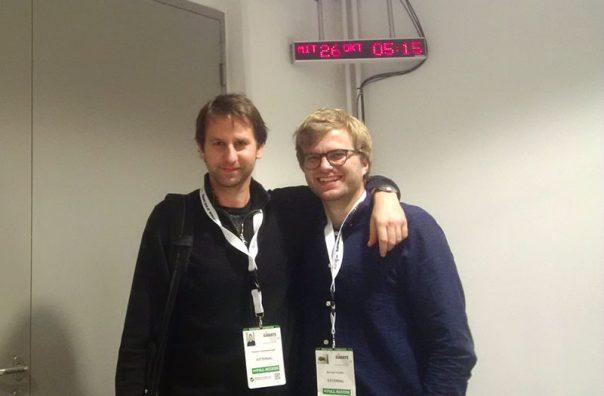 Die Projektverantwortlichen Florian Dobretsberger (l.) und Michael Pfeiffer (beide LINZ AG TELEKOM) im Einsatz für die Karate WM 2016.